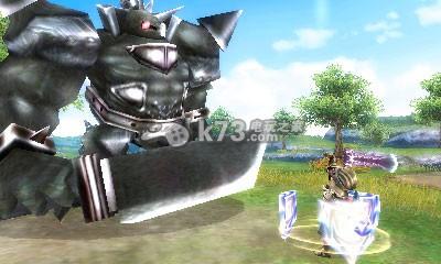 《最终幻想探索者》《最终幻想7核心危机》画面对比