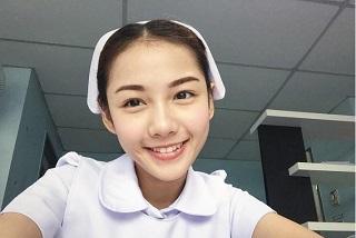 泰国护士Namkhing Kanyapak甜美生活照