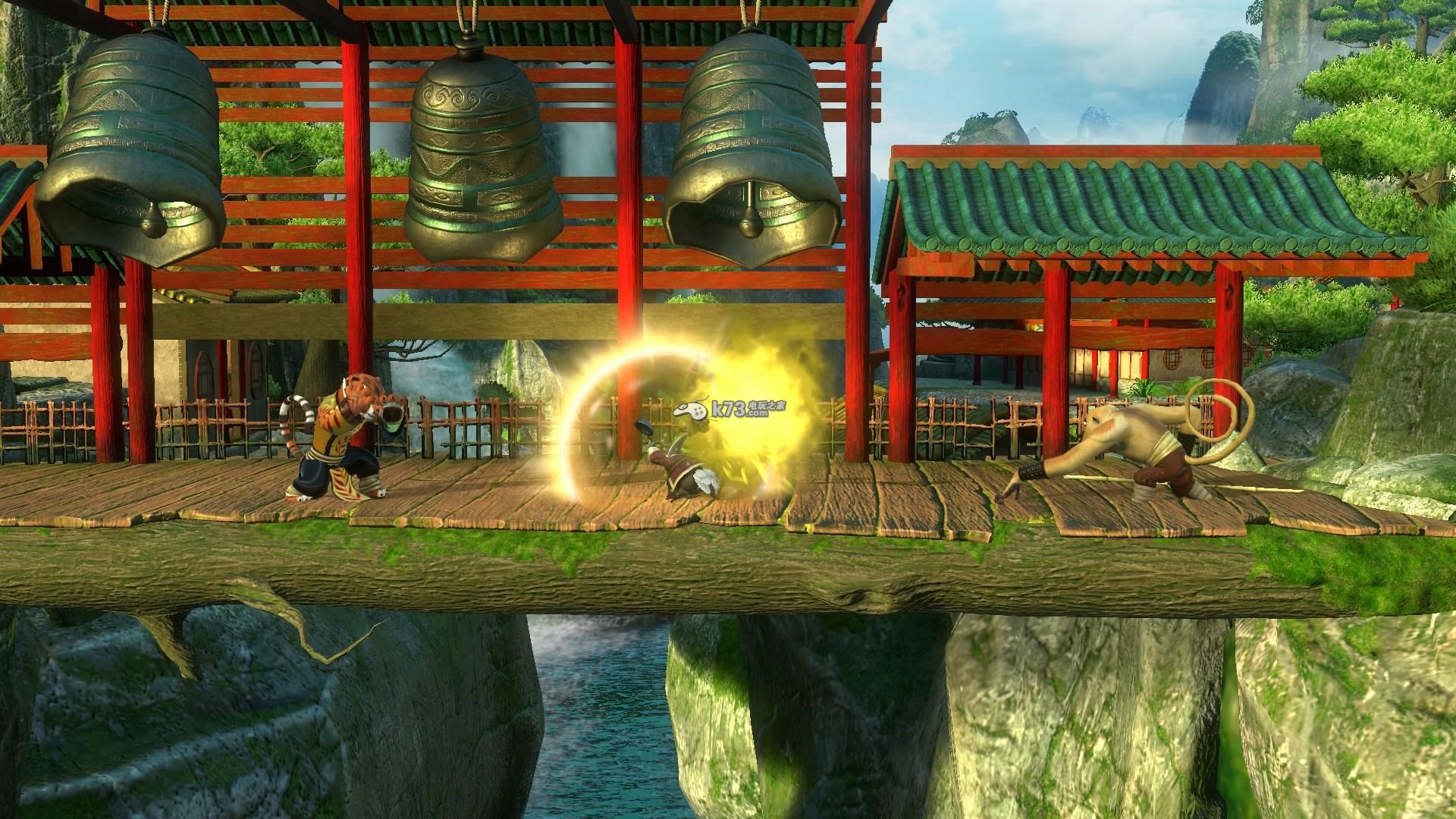 英文名称:Kung Fu Panda: Showdown of Legendary Legends 游戏语言:英文 开发厂商:Vicious Cycle 发行厂商:Little Orbit 发售日期:2015-11-17 游戏容量: 游戏类型:动作类 《功夫熊猫 传奇对决》这款游戏以玩家们熟悉的《功夫熊猫》为基础进行制作,玩家可以在游戏之中进行多人的对战游戏,而且游戏之中登场的角色也十分的丰富,包括第一部及第二部的很多角色哦。